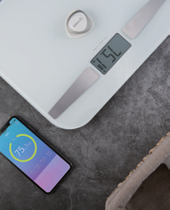 ±0 Battery-free Bluetooth Body Weighing Scale