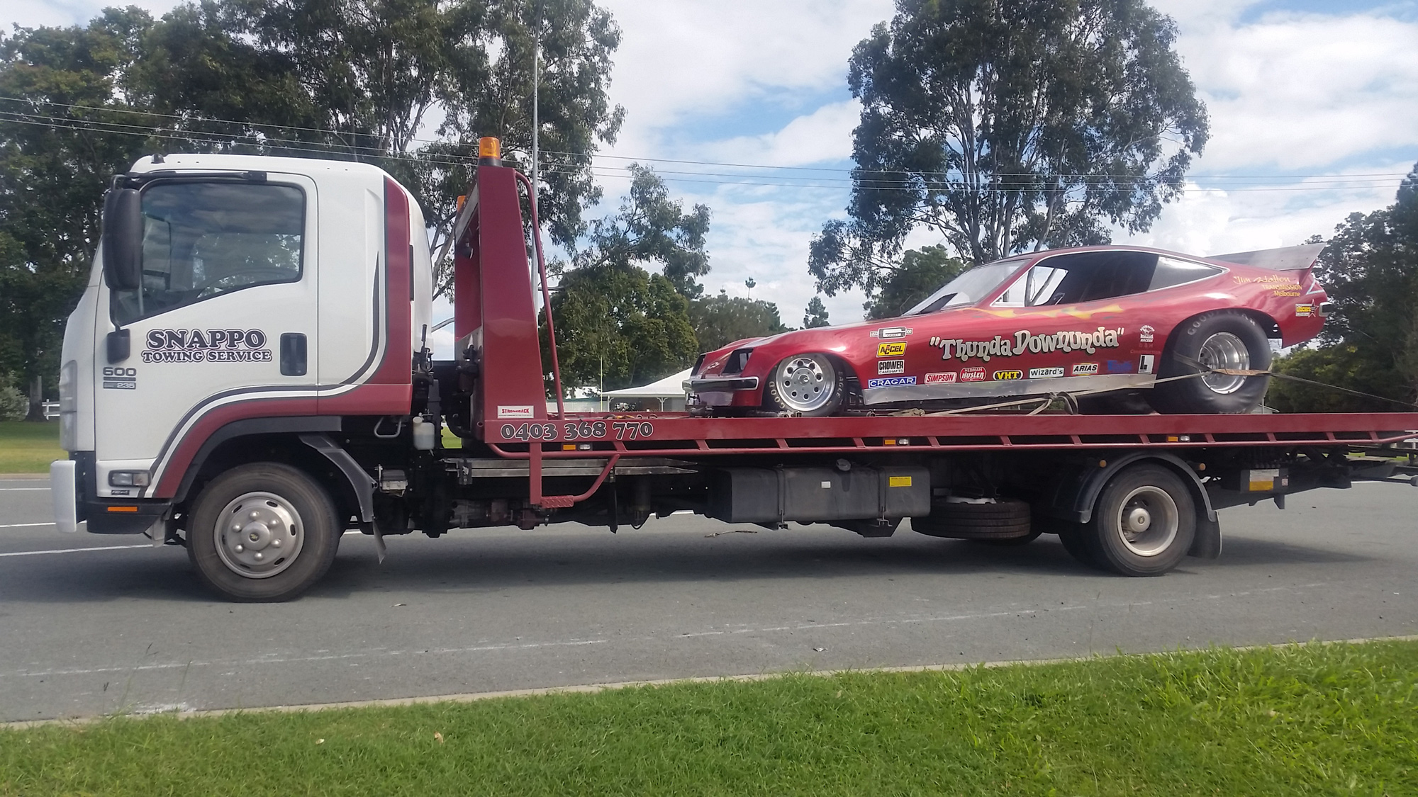 gold-coast-towing-drag-car