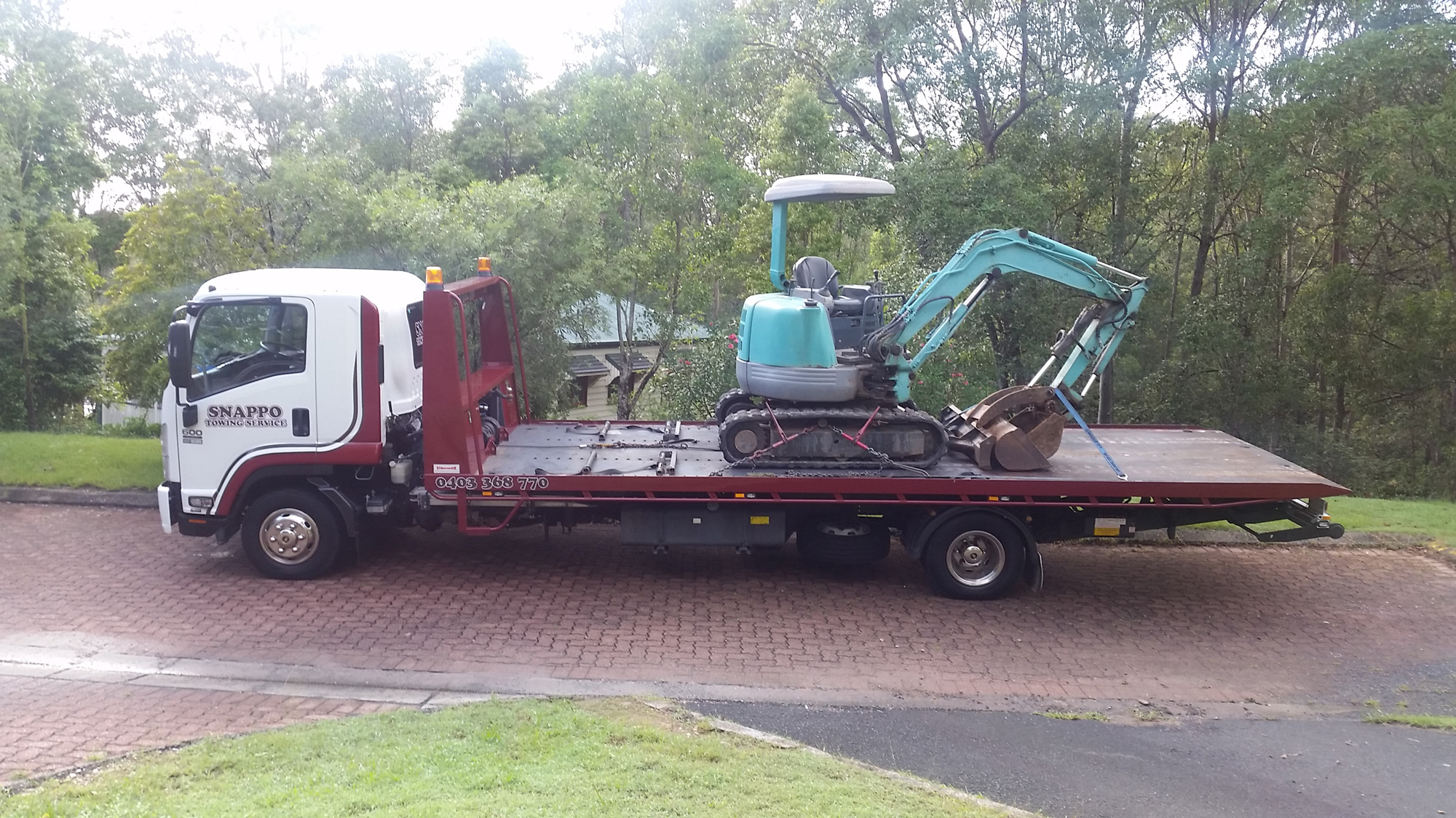 excavator-transport-gold-coast
