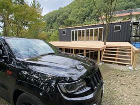 TETSUYAの新しい仕事!container trailer!富士五湖の西湖のGNOMEキャンプ場に!細部にこだわるデザインをしました。