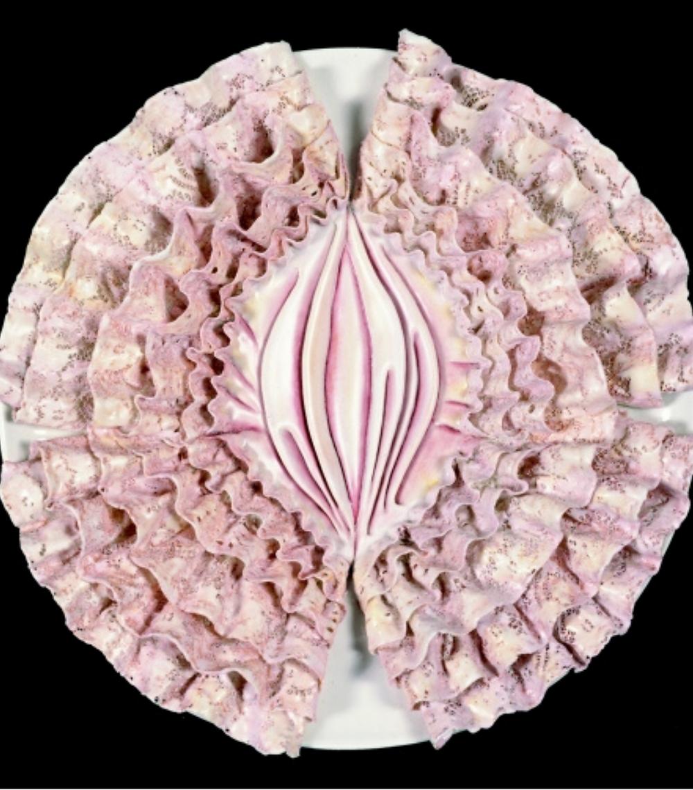 Il piatto-vulva dedicato a Emily Dickinson, The Dinner Party