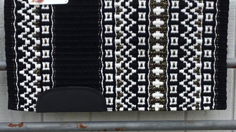 White and Metallic Gold Show Blanket 101113