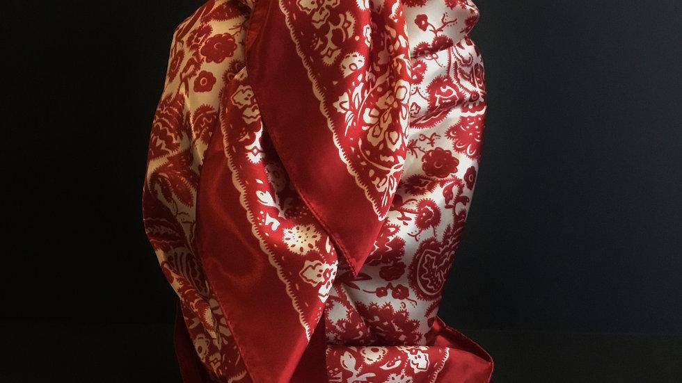 Show Red Leaf pattern Wild Rag