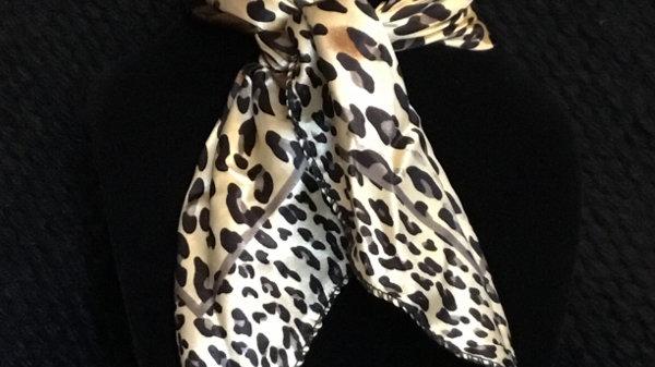 Leopard Print Show Scarf