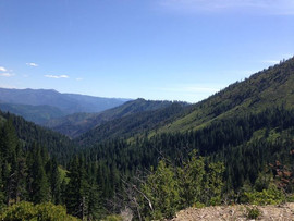 PCT Panorama...view to the south from ju
