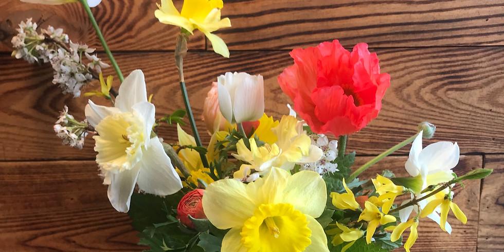 SOLD OUT - Seasonal Floral Design Workshop: Centerpiece