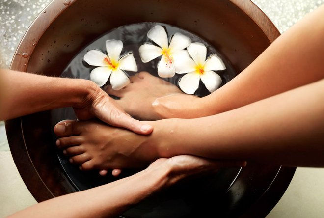 Foot Shower Massage