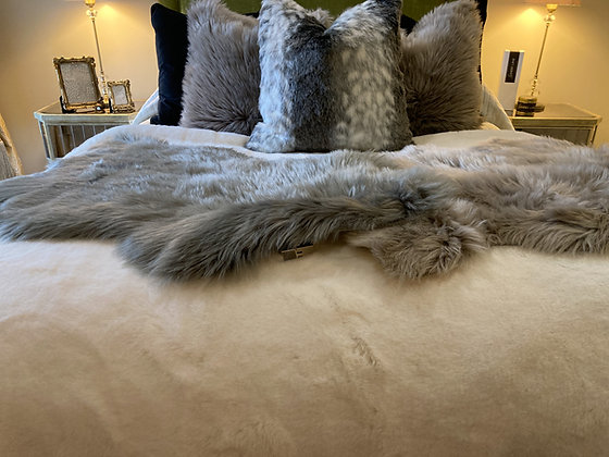XL Luxe Faux Rabbit Fur Throw Snow