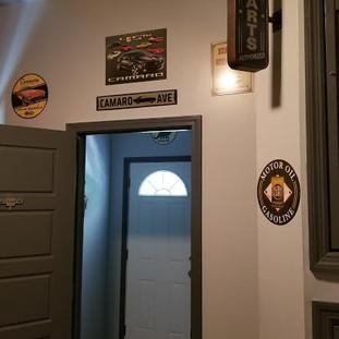GM bedroom with bathroom