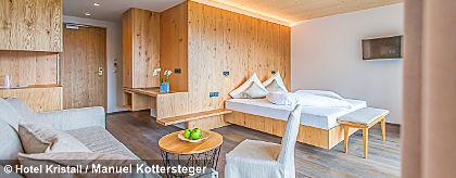 Hotel_Kristall_Zimmer2_S.jpg