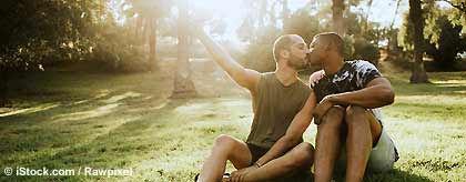 kuessende_gays_S(1).jpg