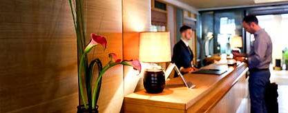 hotelrezeption_S.jpg