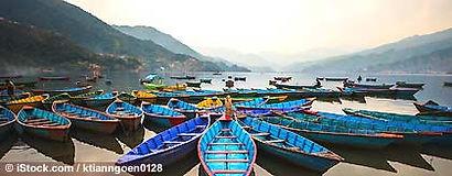 pokhara_see_nepal_S.jpg
