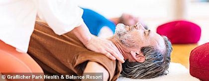 graeflicher_park_health_resort_hotel_yoga_S.jpg