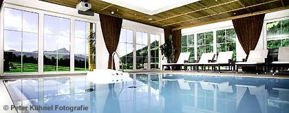 Hotel_Unterlechner_Pool_S.jpg