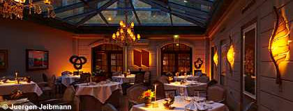 Gourmetrestaurant_Caroussel_S.jpg