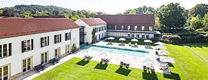 graeflicher_park_health_resort_hotel_pool2_oC_S.jpg