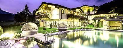 Hotel_Unterlechner_Baden_oL_S.jpg