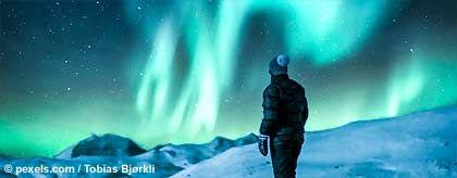 KR_island_polarlichter_S.jpg