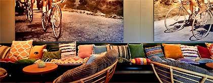 lobby_hotel_fuer_gays_S.jpg