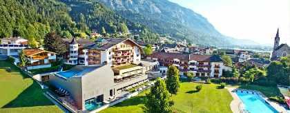 hotel_schwarzbrunn_panorama_oC_S.jpg