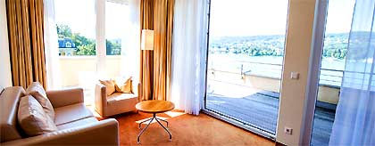 werzers_hotelzimmer_blick_S.jpg