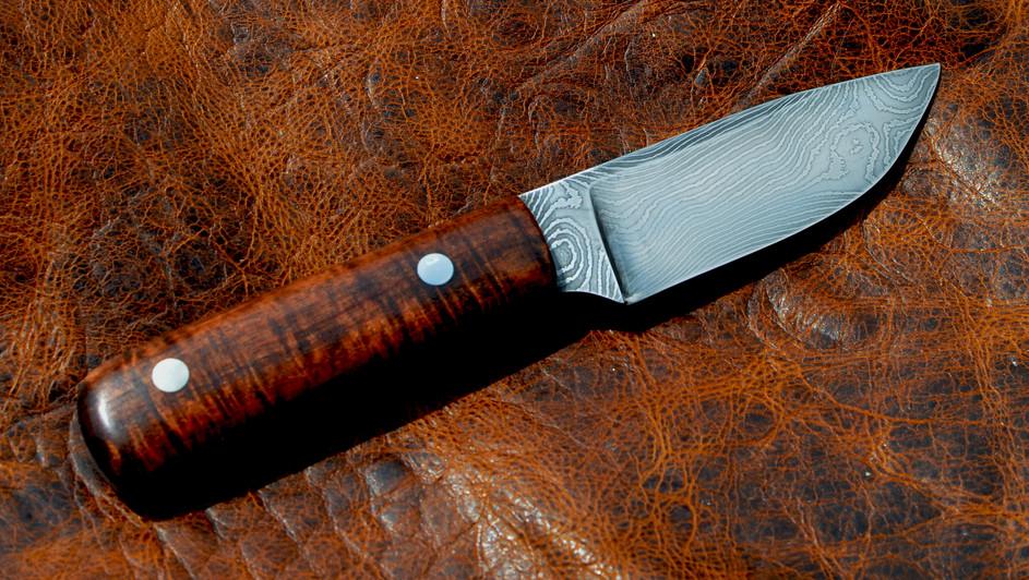Twist Damascus EDC Knife