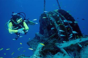 diving-wreck.jpg