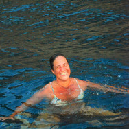 Swimming Mariske.JPG