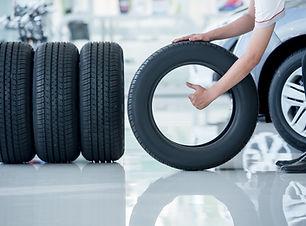 tire changing.jpg