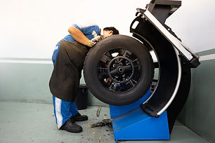 tire balancing.jpg