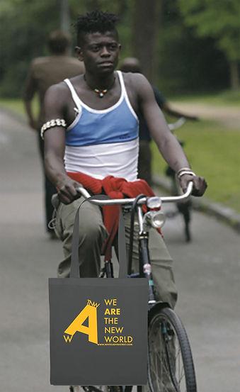 Model bike bag Amsterdam.jpg