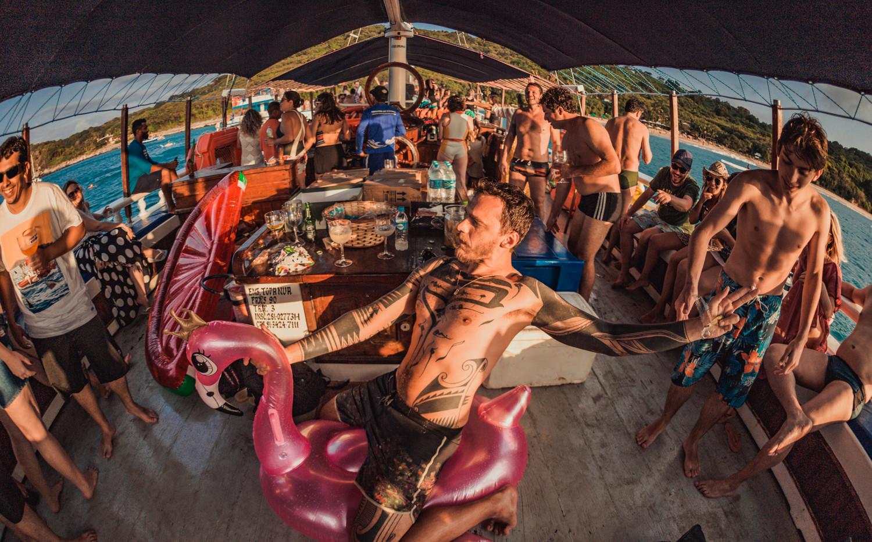 Festa a bordo