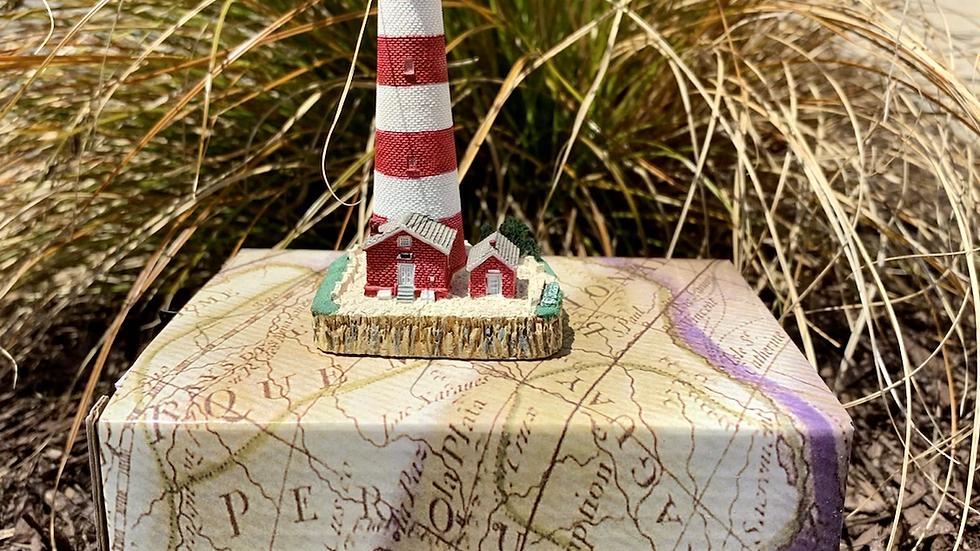 Mini lighthouse replica