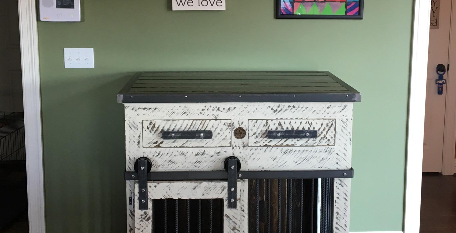 Single Medium, Drawers & Barn Doors
