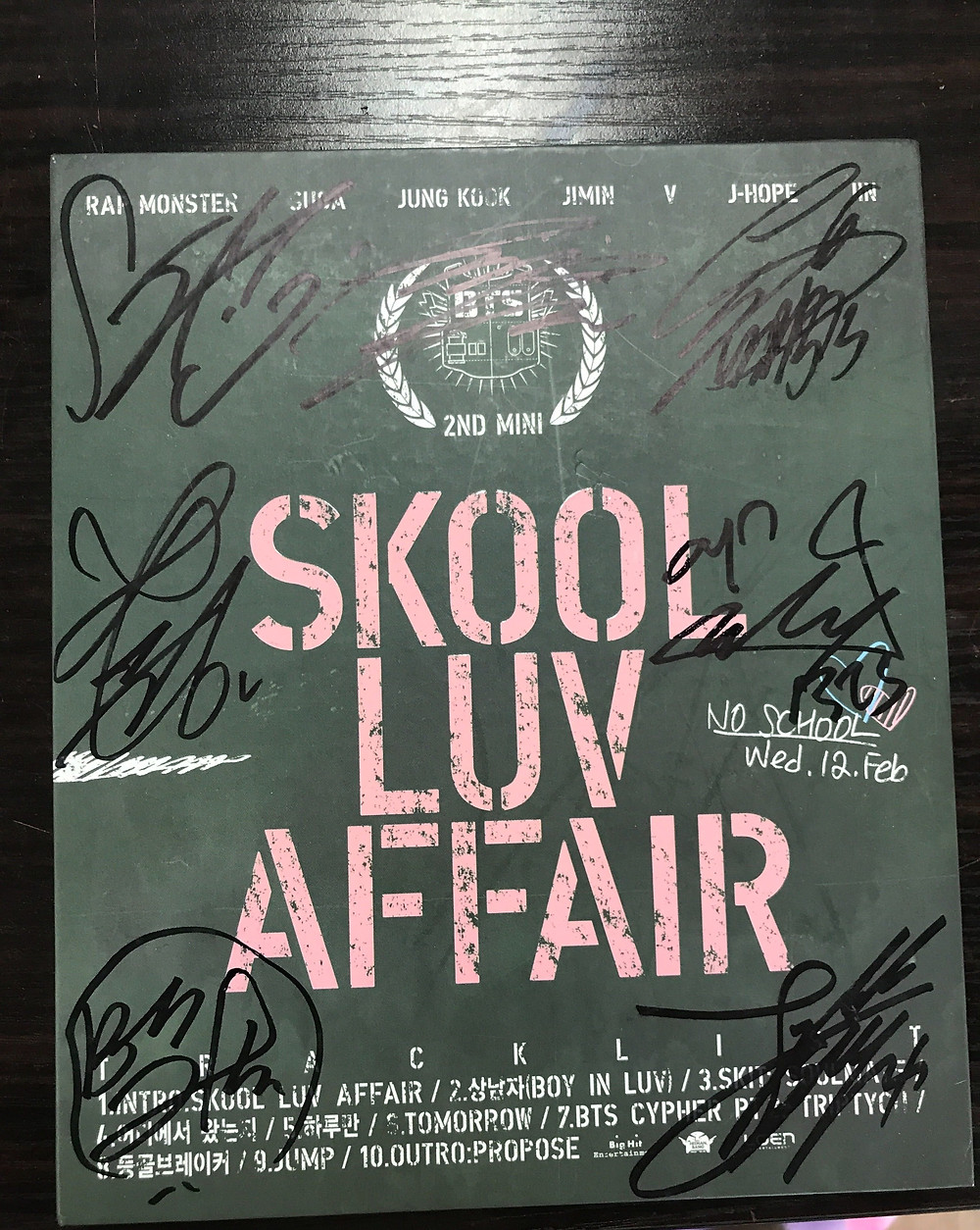 "BTS Signed ""Skool Luv Affair"" Album"