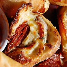 Cheesy Pizza Pinwheels