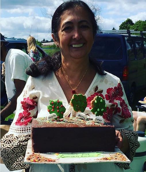 Jagruti and cake.jpg