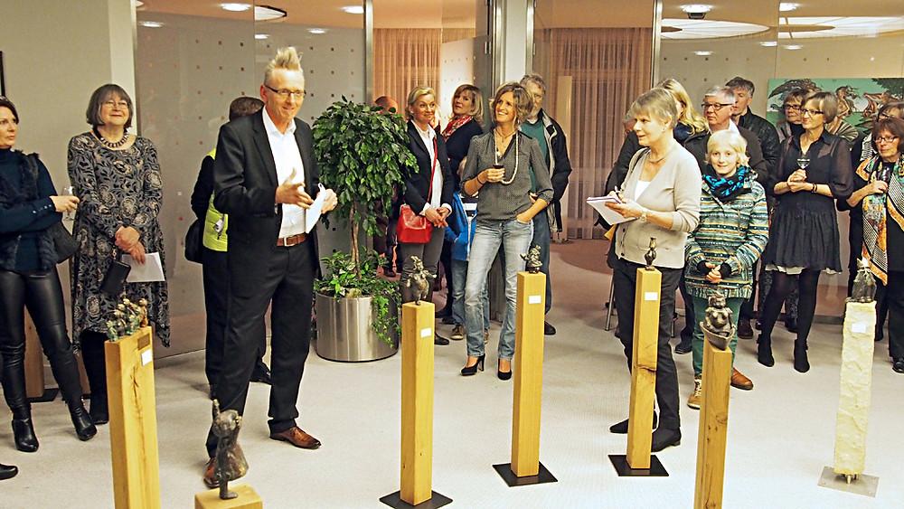 Bronzefigur Toby Wichmann Volksbank Achim Bronze