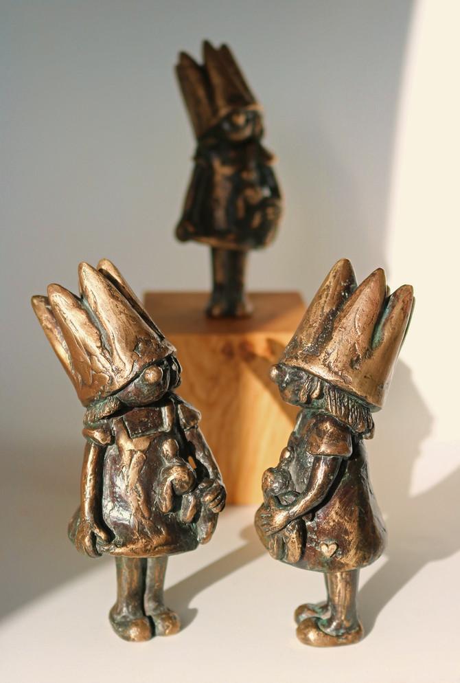Tadaaaa und freeuuu...jetzt eeendlich auch in Bronze (nach dem Wachsausschmelzverfahren gegossen): &