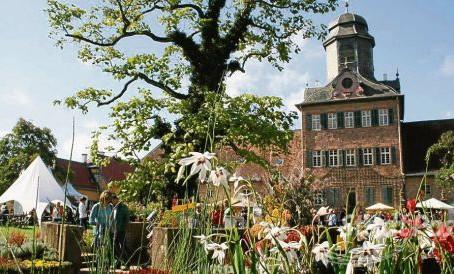 """FREEUUUU!!! Wir nehmen teil am """"fürstlichen Gartenfest Wolfsgarten"""", 06. bis 08. September"""