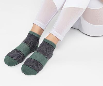 """""""Band"""" Non-Slip Grip Socks"""