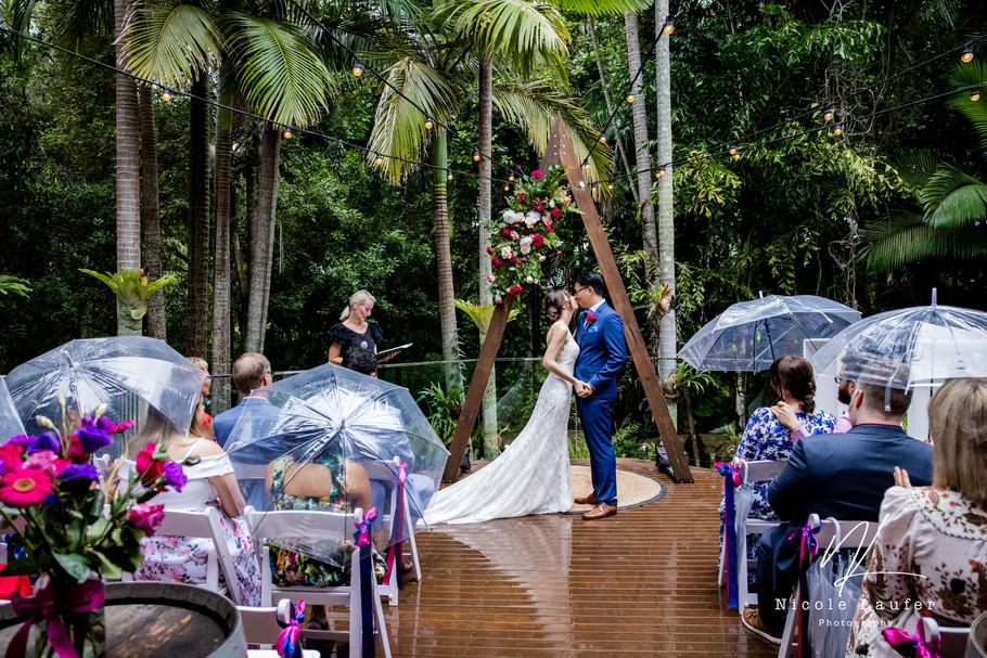Aimee and Chi   Hideaway Weddings