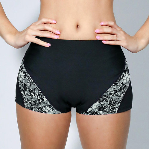 "2"" Inseam Shorts - BW Floral Lace"