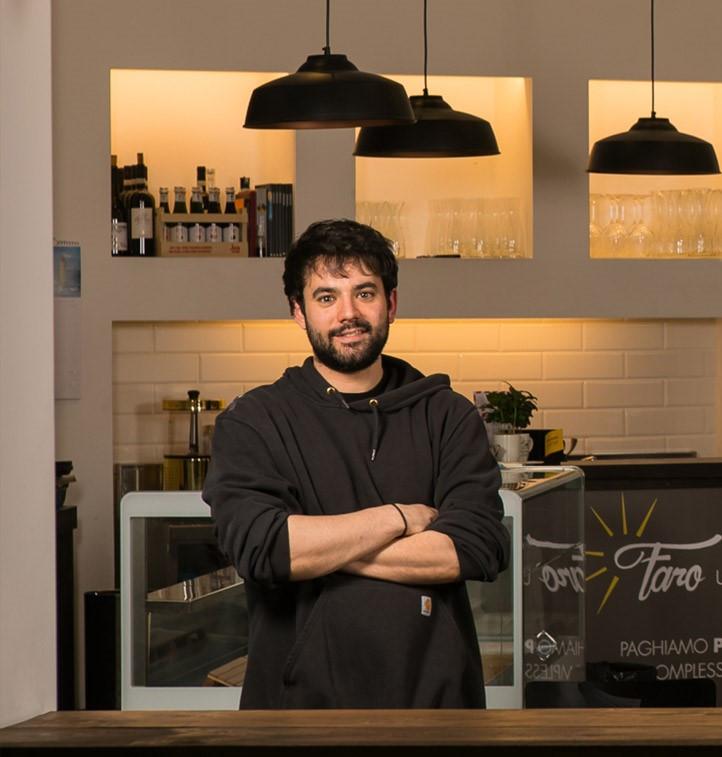 """Dario Fociani nel suo """"Faro"""" a Roma"""