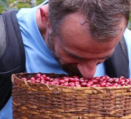 Caffè aromatizzati: il j'accuse (zoppo) di Sasa Sestic