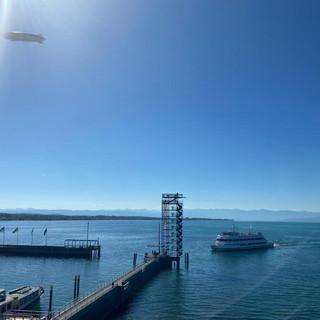 Der Moleturm im Hafen in Friedrichshafen
