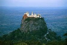 Berg Popa, Bagan, Myanmar