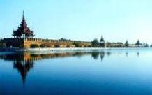 Mandalay Besichtigung, Mahamuni Pagode, Ayeyarwady Fluss, Mandalay Hill, Glottblattherstellung, Seidenweberei, Kunstwerkstatt,