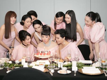 Dàn mỹ nhân đọ sắc váy áo màu hồng, mừng tuổi mới  Hoa hậu Giáng My